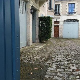 More Blois blues.